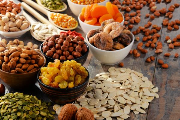 GRAINS-NUTS-DRIED FRUIT
