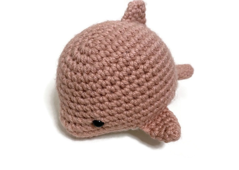 Crochet Rose Pink Dolphin