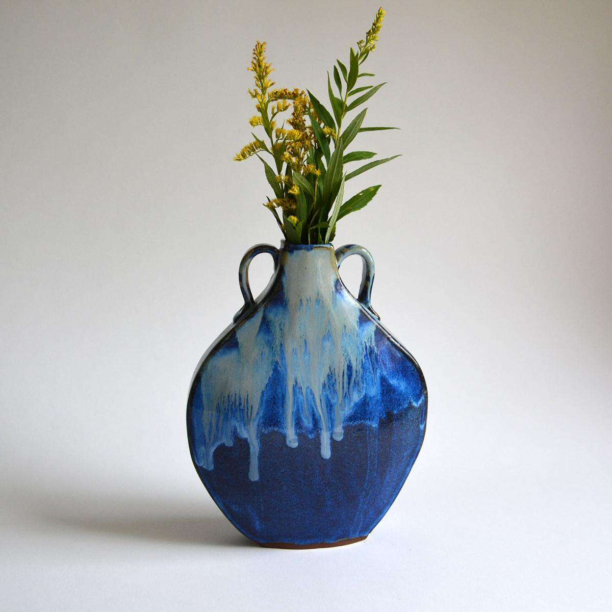 Flask Vase-Laurel