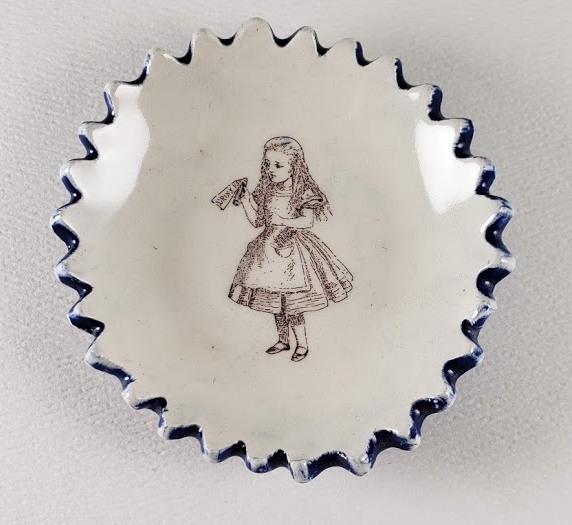 Tiny Plate with Alice in Wonderland