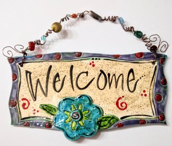 Welcome with blue Flower plaque