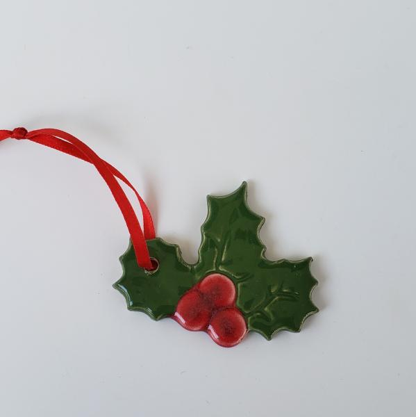 76758 - Holly Ornament