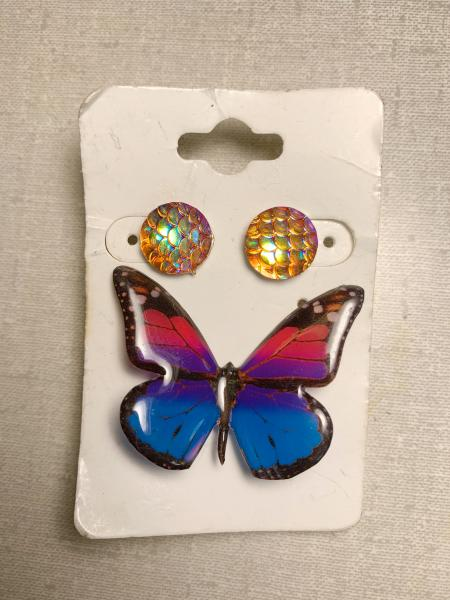 Bisexual pride butterfly pin