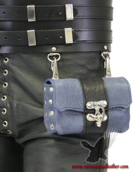 Privateer Pouch - Medium Bullhide Warrior Belt picture