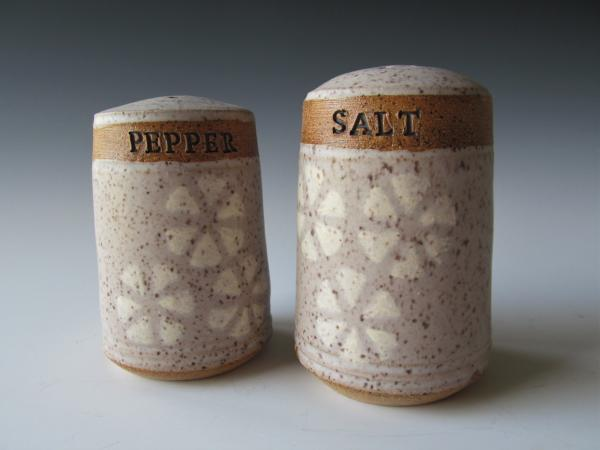 SS69 Salt and pepper shakers