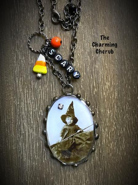 Halloween scary witch necklace