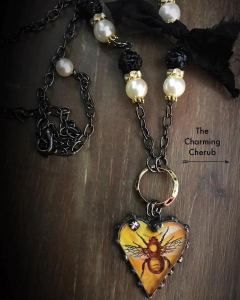 Bee necklace resin