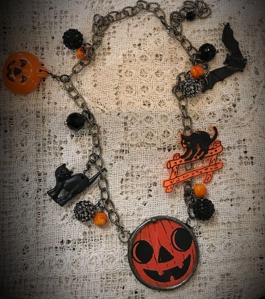 Halloween junked up necklace picture