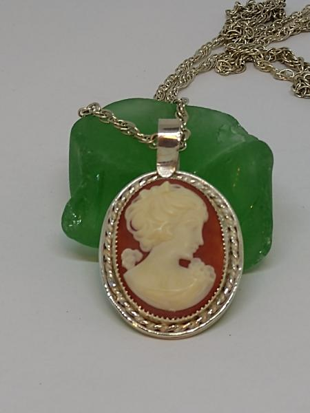 Sterling Silver Bezel Set Cameo Necklace