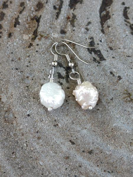 White Pearls - Dangle Style