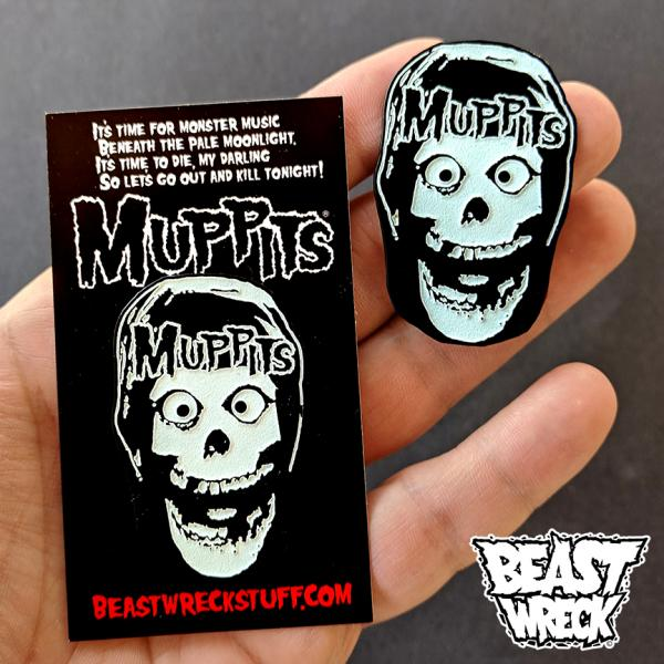 MUPPITS Glowing Enamel Pin