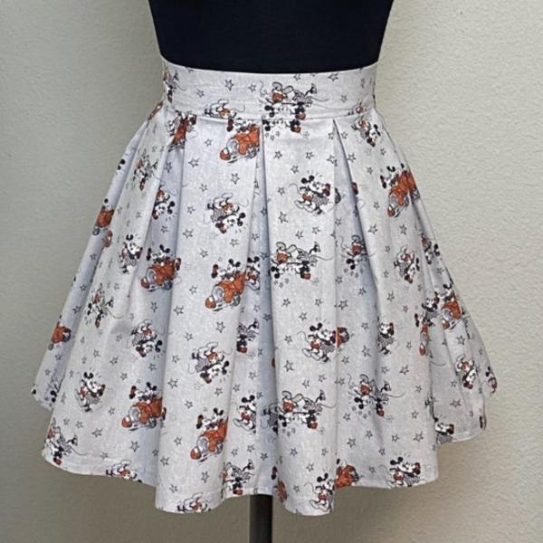 Mickey and Minnie Love High Waisted Pleated Skater Skirt
