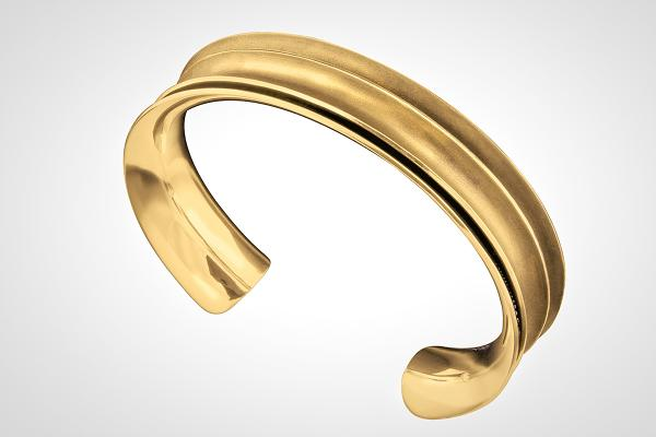 MENS 18k Heavy Solid Gold Hand Forged, Double Anticlastic Cuff..Strong, Professional Statement..Great on Women Too!
