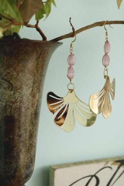 Gold Vintage Pink Earrings picture