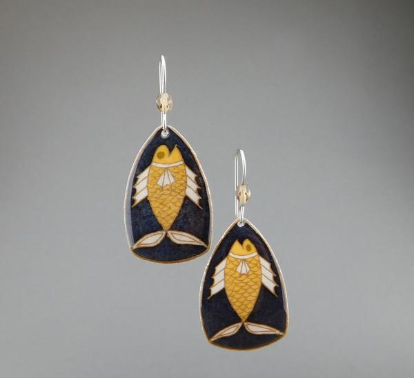 Goose Egg Shell Earrings- Black Fish Large