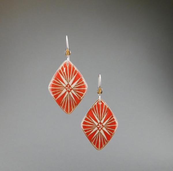 Goose Egg Shell Earrings- Red Flare