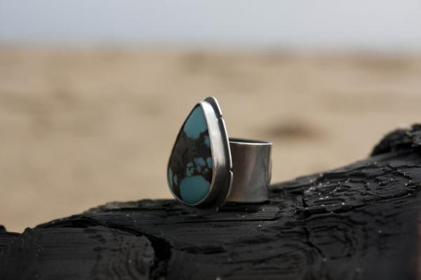 Lone Mountain Turquoise Teardrop Ring with Eye Engraving