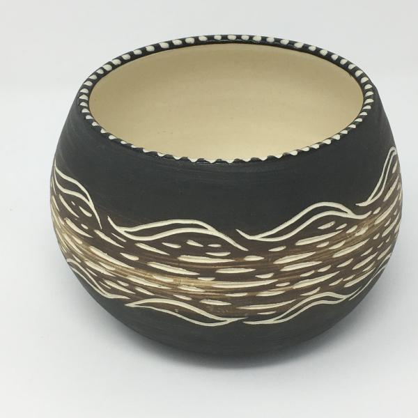 "Earthed Plant Pot - ""Till"""