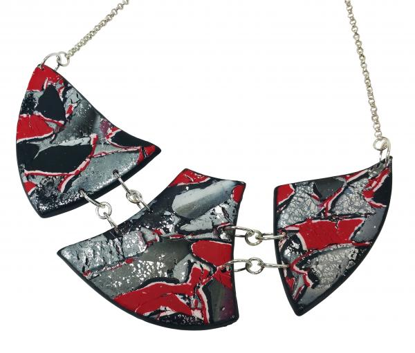 Marbled and Mosaic 3 Piece w/Link Necklace - Red
