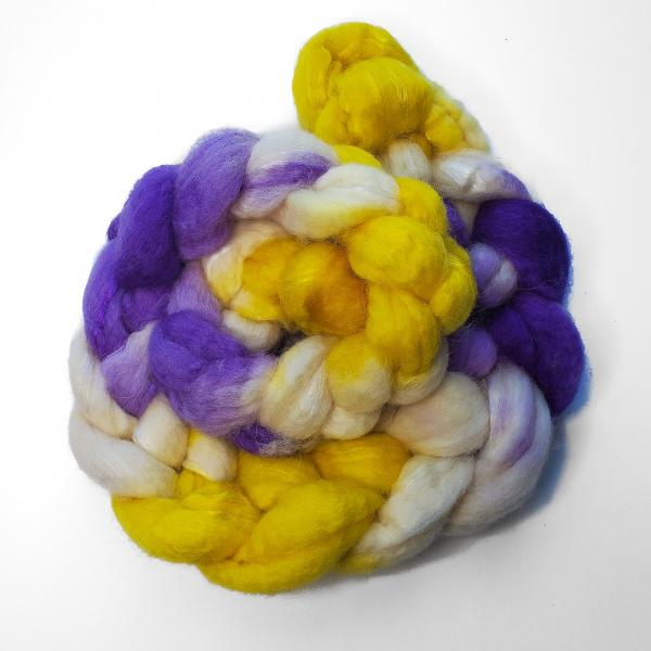 Intersex Pride - Unspun Roving - 4 oz, 70% Bluefaced Leicester 30% Nylon