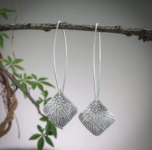 Amelia Corner-Drilled Square Earrings