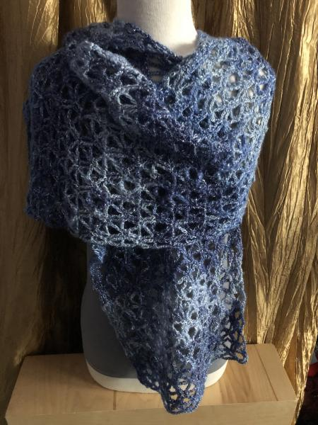 Shawl: Soothing Blues