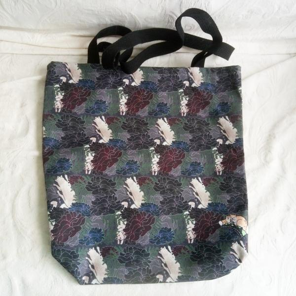 Canvas tote (Moody Blosses)