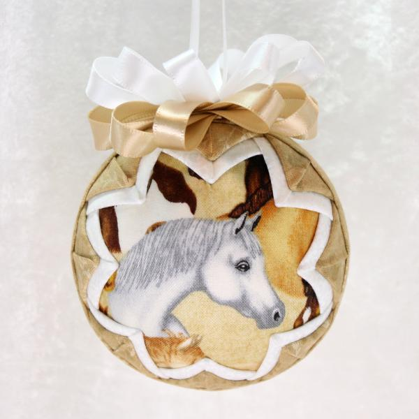 Horse Head Ornament picture