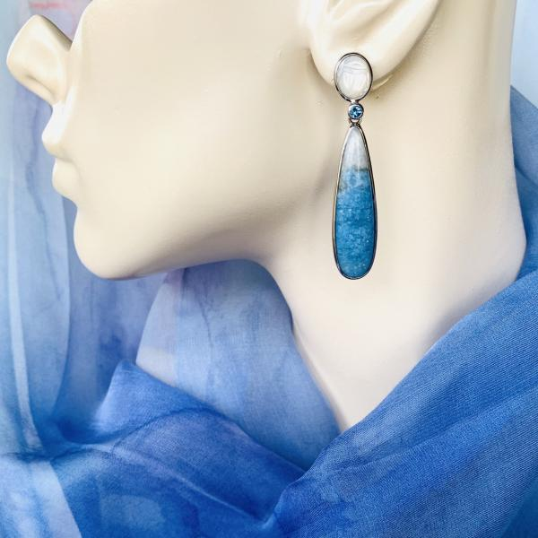 Scarab moonstone and Violane Diopside earrings picture
