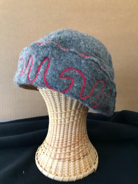 Red and gray cloche