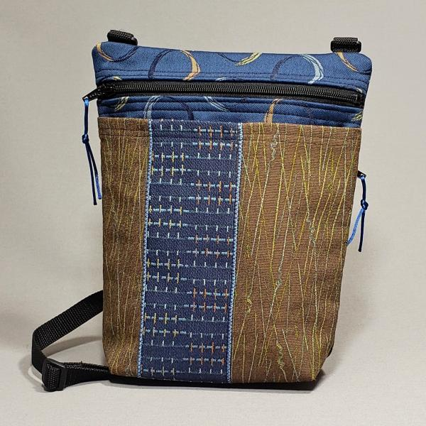 Small Zip Traveler/Blue Brown