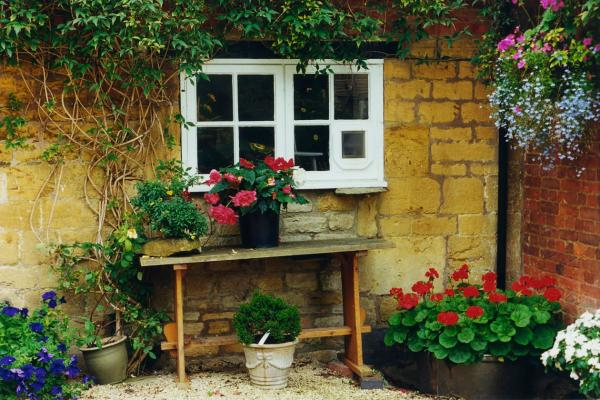 Courtyard - P62 - 11X14 Framed 16X20