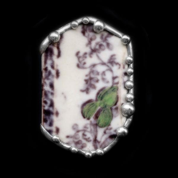1850s Mulberry Plate Shard Pin/Pendant
