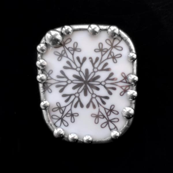 Contemporary Snowflake Dish Shard Pin/Pendant picture