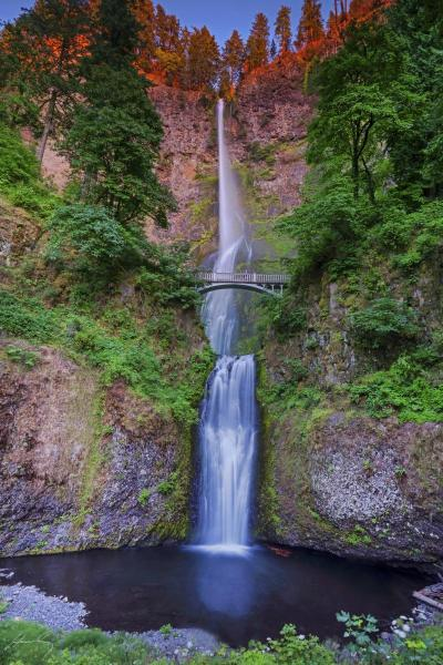 Multnomah Falls, Columbia Gorge, Oregon