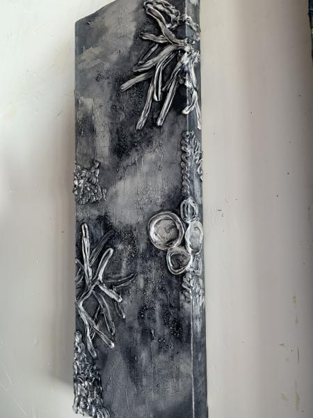 Vertical Reef in Pewter 10x30""