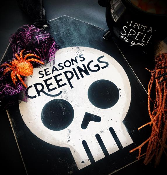 Seasons Creeping Door Tag