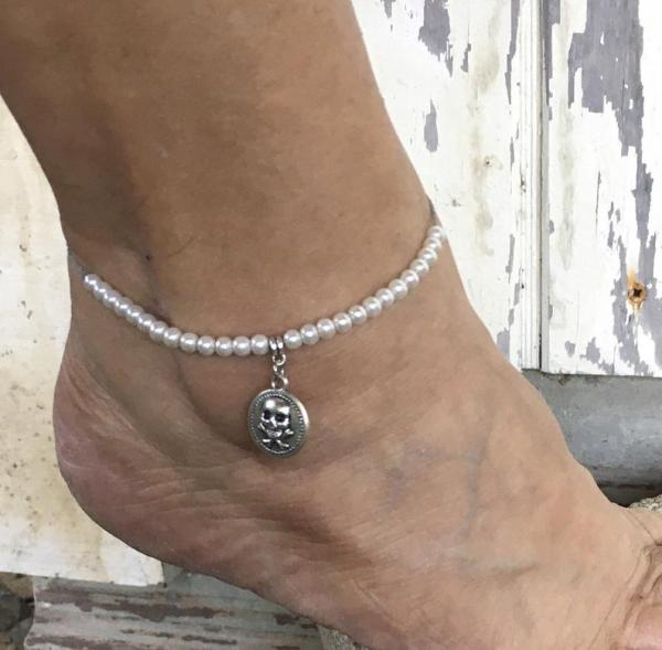Pirate Queen Pearl Bracelet or Anklet picture