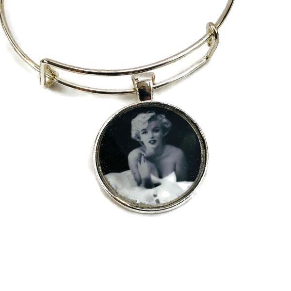 The Starlet Bangle