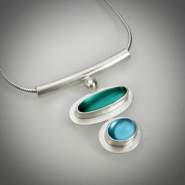 Ellipse and Oval Necklace in Teal/Aqua picture