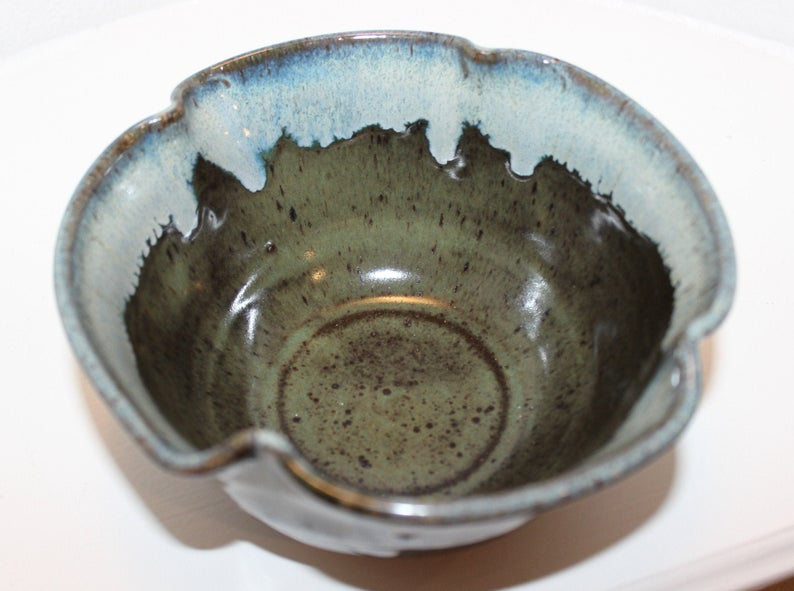 Ceramic Serving Bowl / Small Dish picture