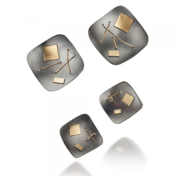 Oxidized interwoven single square stud earrings