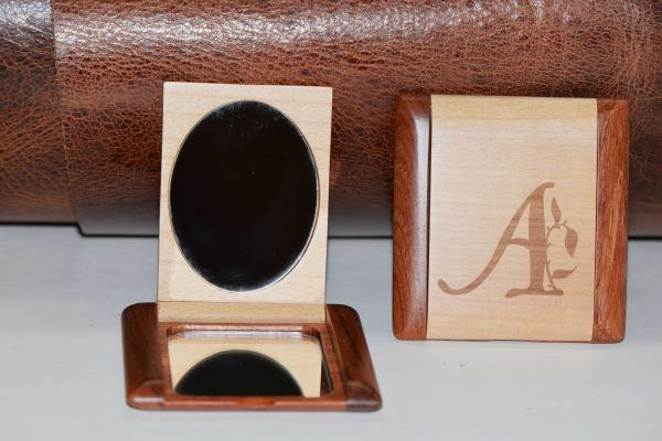 Engraved wooden compacts-Alpha