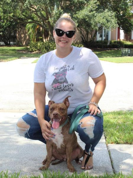 Girl Who Loves Pitbulls Tee picture