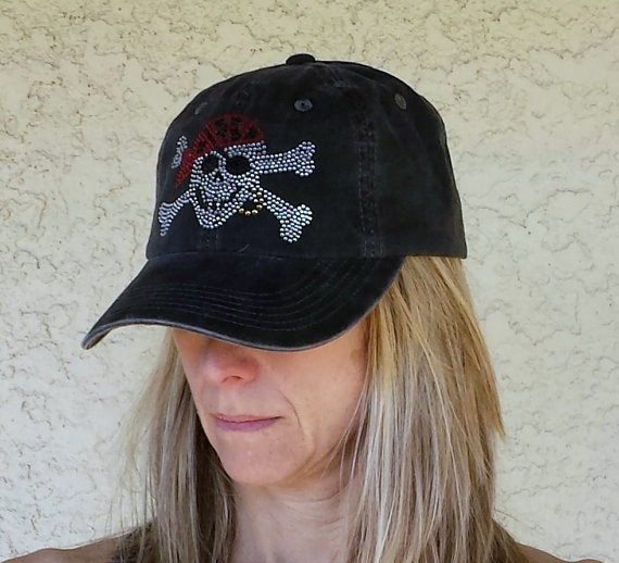Skull & Crossbones Black Hat