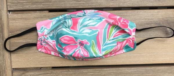FABRIC MASK: Lilly Pulitzer-Hot On The Scene