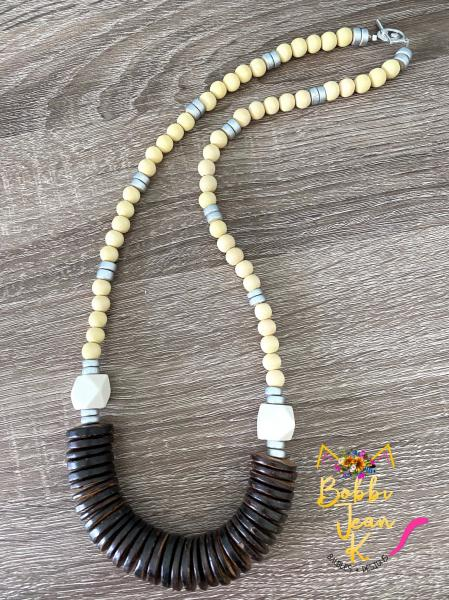 The Eloise Wood Bead Necklace