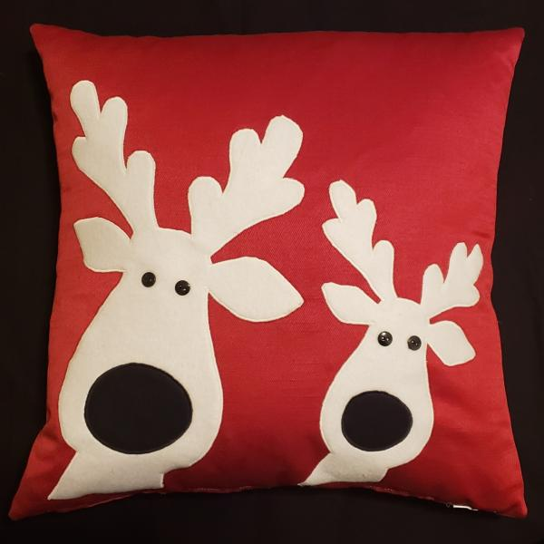 "Appliqued Decorative Reindeer Christmas Pillow - 18"" x 18"" Pillow Insert Included"