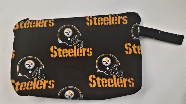 "NFL Team Makeup/ Coin Pouch with Zipper - Approx. 6"" x 9"""