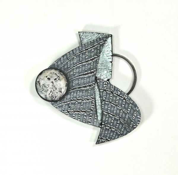 B19-14 Brooch picture